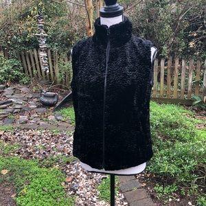 Betsey Johnson faux fur black vest size M